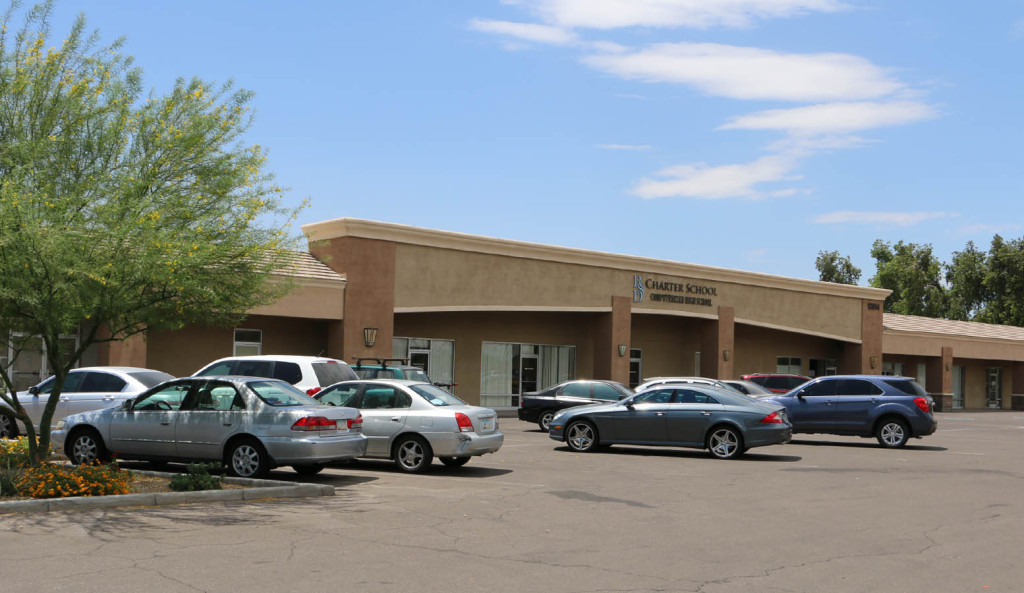 Metro 28 R&G commercial real estate property at 12814 N 28th Dr, Phoenix, AZ