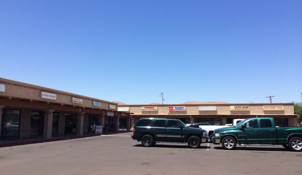 R&G commercial real estate retail leasing at 820 Indian School, Phoenix, AZ