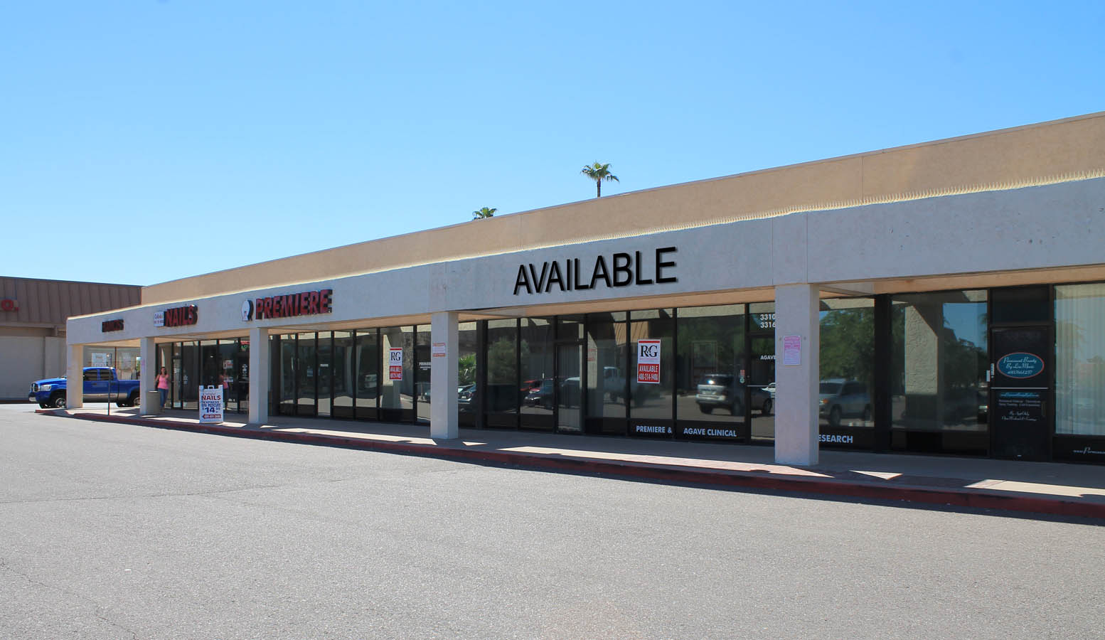 R&G commercial real estate retail leasing at 3308 S McClintock Tempe AZ
